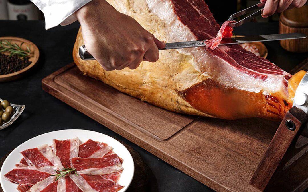 How to eat Spanish Ham?